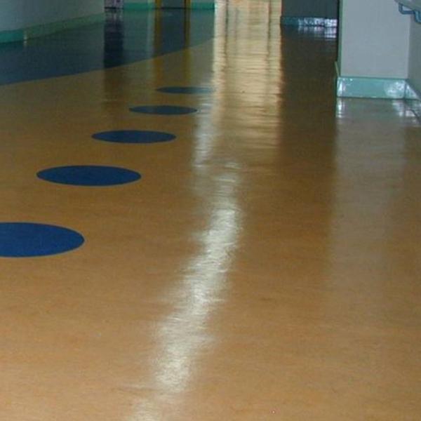 彩色(面层)水泥基自流平地坪涂装系统